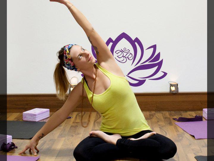 Hatha Yoga mit Eva von Lebensweg